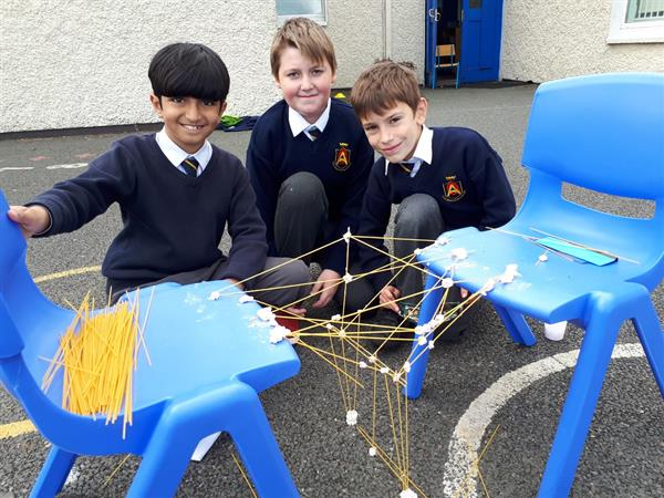 Science - Building Bridges in 4th Class