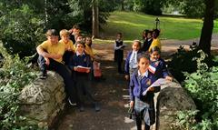 The 3rd Classes enjoy an Autumn Nature Trail in Ballawley Park