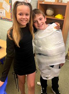 A Mummy Masterclass in the two 5th classes